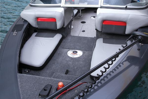 2014 Tracker Boats boat for sale, model of the boat is Targa V-18 Combo & Image # 22 of 38