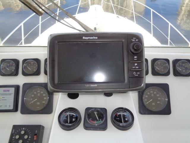 Hyatt 51 Motor Yacht - chartplotter