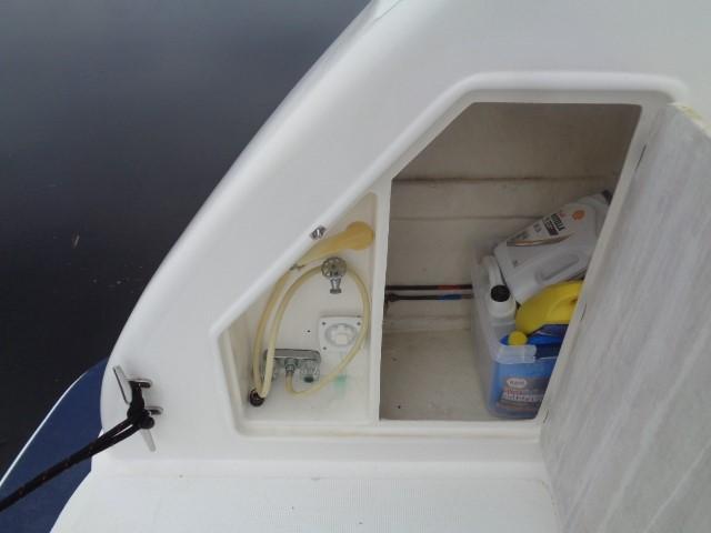 Hyatt 51 Motor Yacht - stern port storage