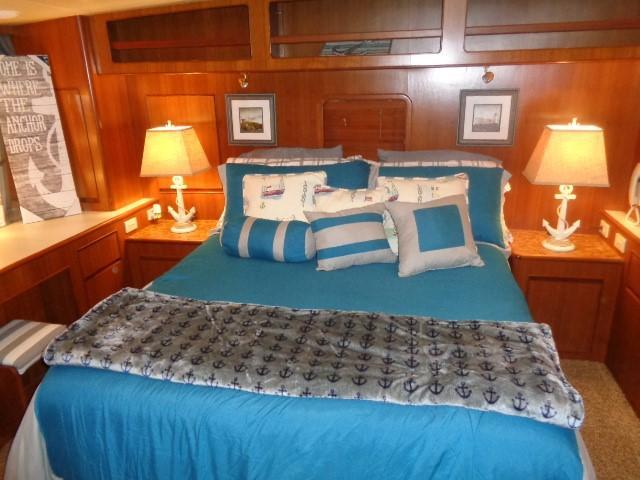 Hyatt 51 Motor Yacht - MAster Queen
