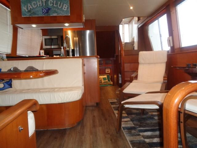 Hyatt 51 Motor Yacht - mid ship salon to stern