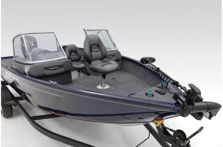 2020 Tracker Boats boat for sale, model of the boat is Pro Guide V-175 Combo & Image # 17 of 48