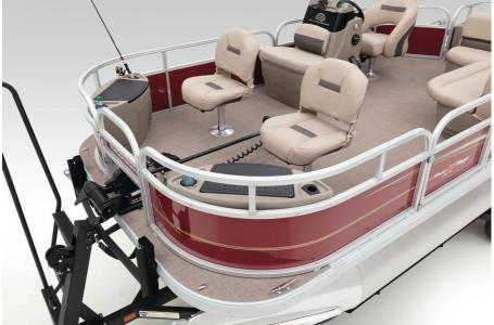 2020 Sun Tracker boat for sale, model of the boat is Bass Buggy 18 DLX & Image # 37 of 43