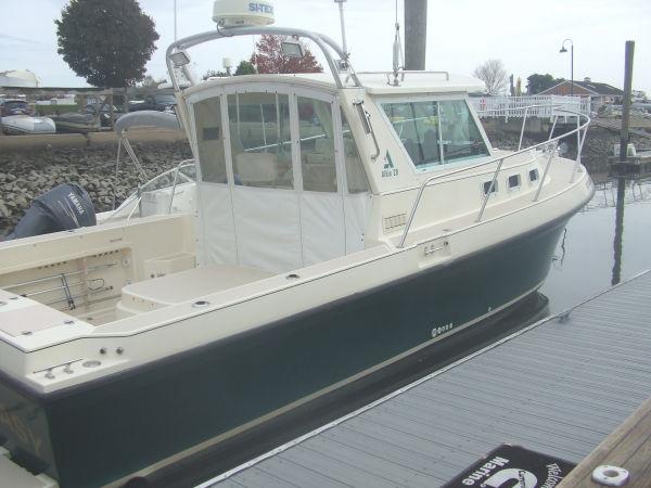 Albin 28 TE Express Cruiser. Listing Number: M-3242359 28' Albin 28 TE