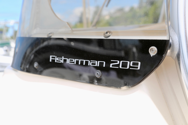 2017 Grady-White Fisherman 209