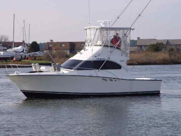 Luhrs 350 Tournament Sport Fisherman Convertible Sports Fishing Boats