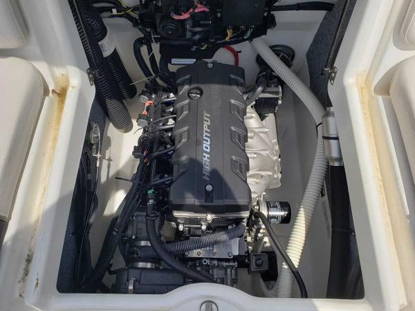2014 Yamaha boat for sale, model of the boat is SX190 & Image # 9 of 15