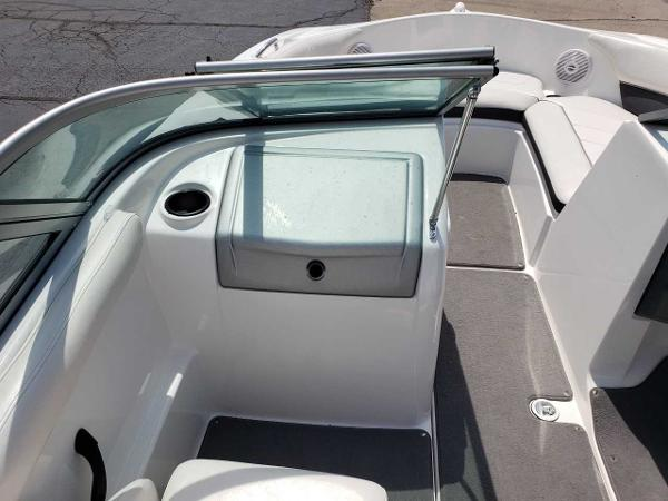 2014 Yamaha boat for sale, model of the boat is SX190 & Image # 12 of 15