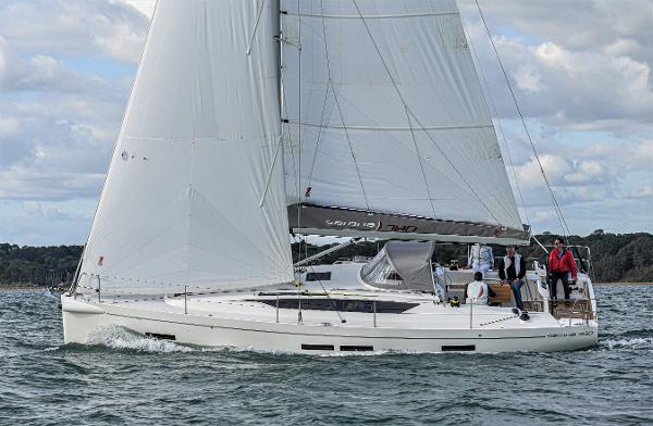 "Salona 380 ""Limited Edition"" used boat for sale from Boat Sales International"