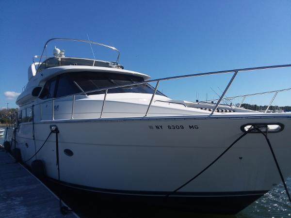 Used Meridian Yachts for Sale | HMY Yacht Sales