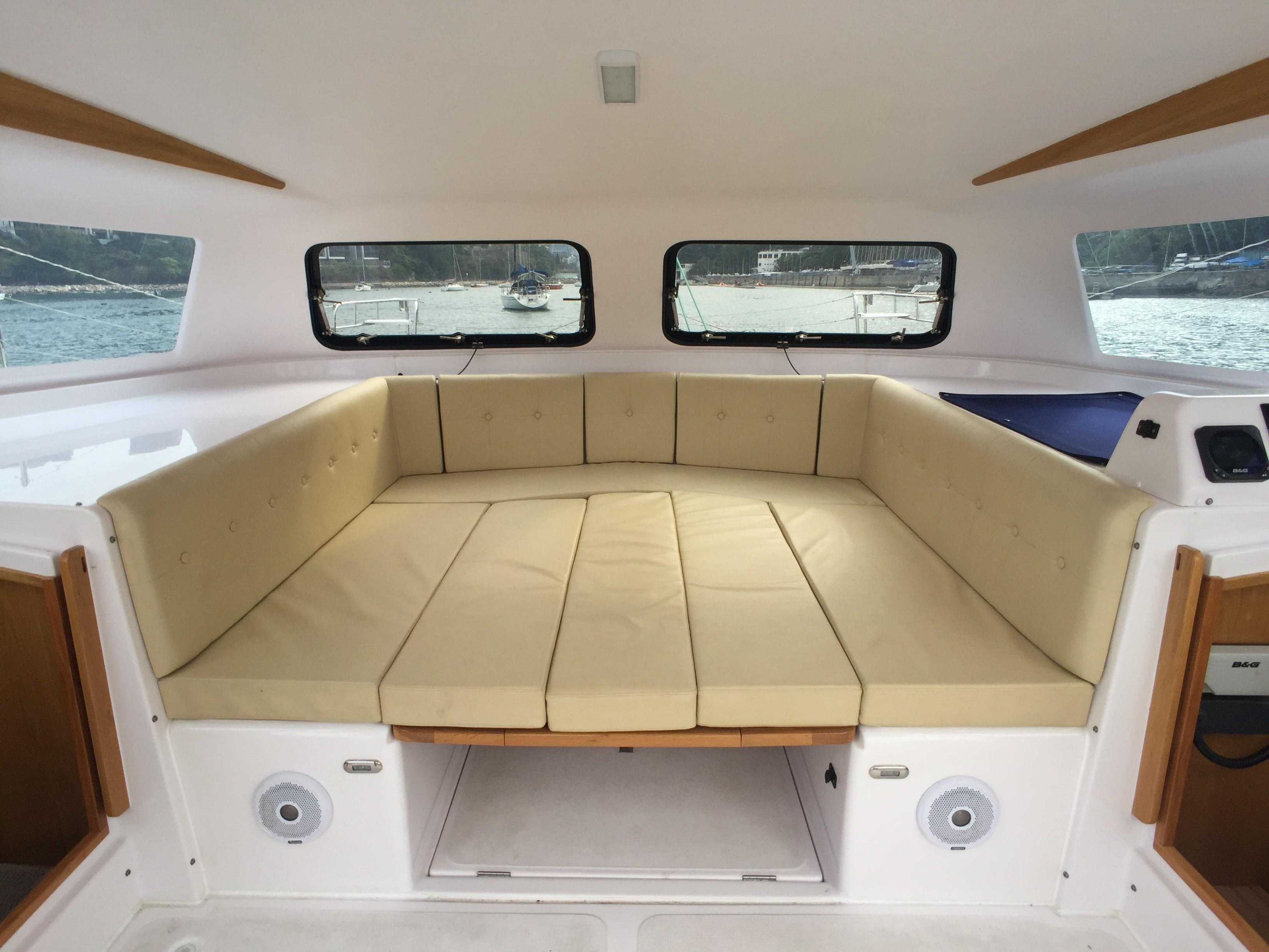 Seawind 1000 XL2 - Convertible Saloon Berth