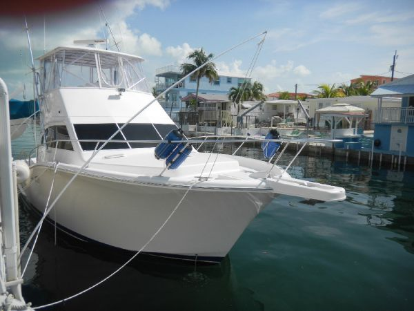 Luhrs 35 Convertible Convertible Boats. Listing Number: M-3692396