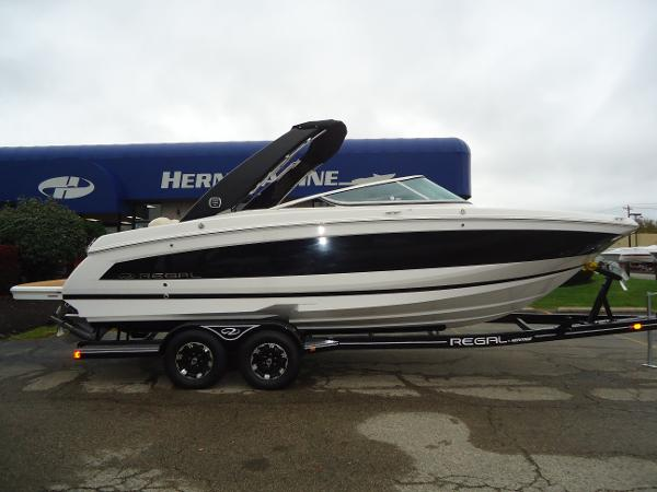 2019 REGAL 26 FASDECK for sale