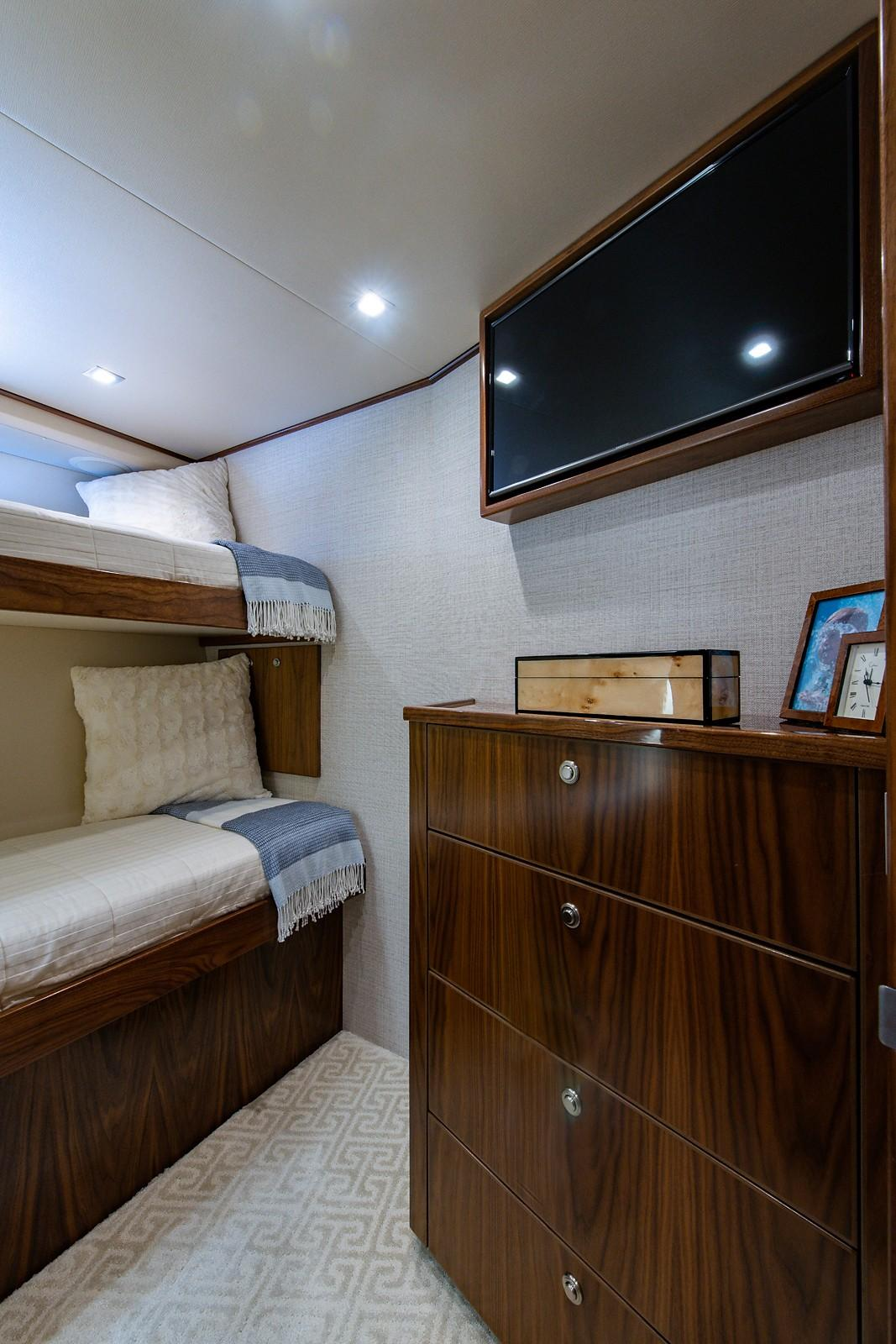 Guest Stateroom, Starboard Forward