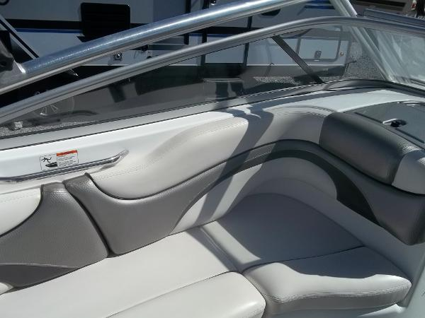 2008 Yamaha boat for sale, model of the boat is 212X & Image # 9 of 15