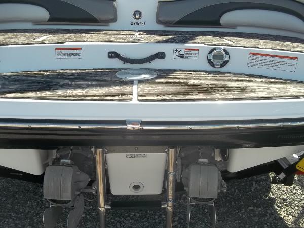 2008 Yamaha boat for sale, model of the boat is 212X & Image # 11 of 15