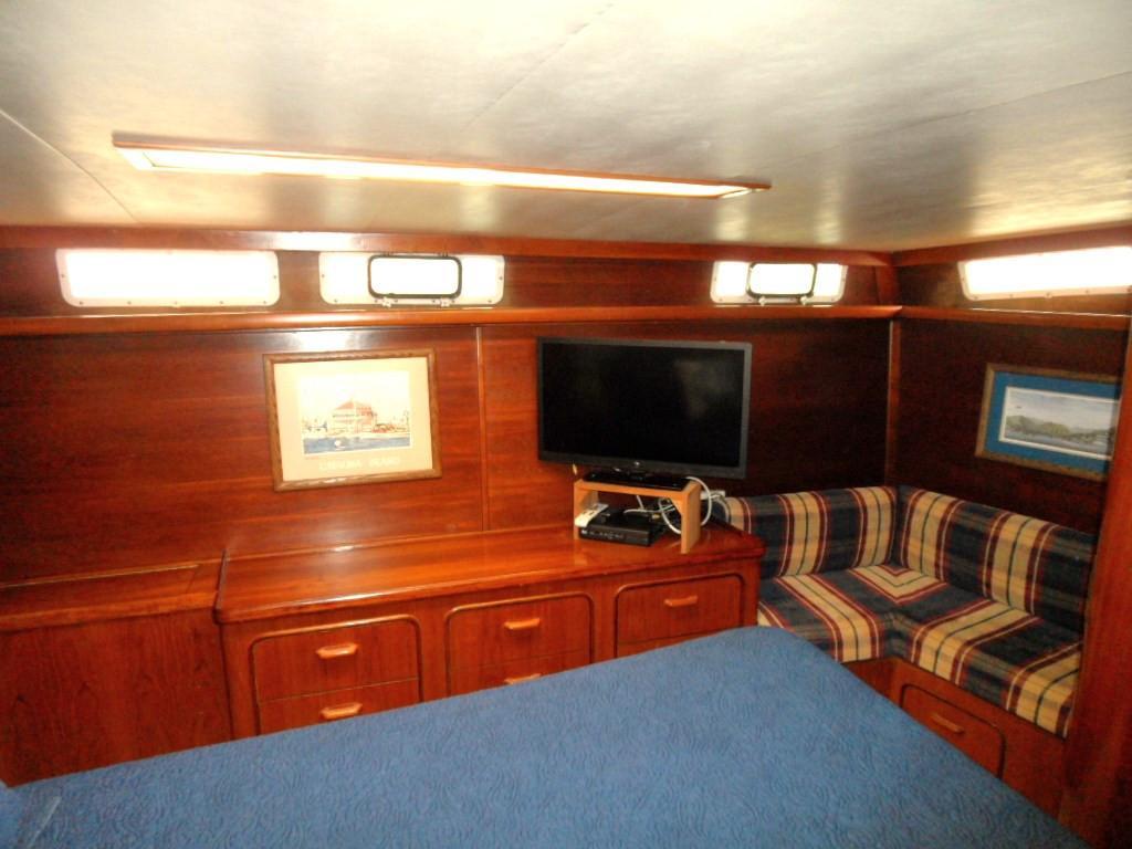 49' Gulfstar 49 Motoryacht Stabilized 1986 | Seacoast Yachts