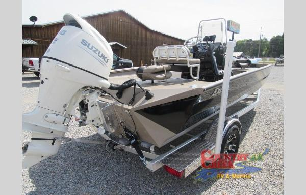 2019 Excel boat for sale, model of the boat is 203 Bay & Image # 3 of 22