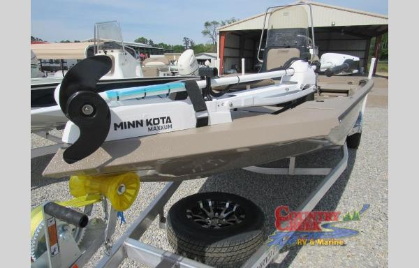 2019 Excel boat for sale, model of the boat is 203 Bay & Image # 7 of 22