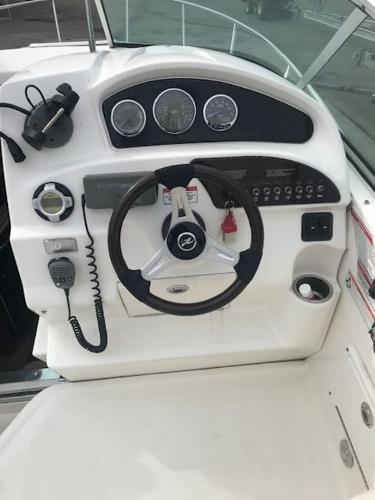 2009 Sea Ray boat for sale, model of the boat is 230 Sundancer & Image # 3 of 43