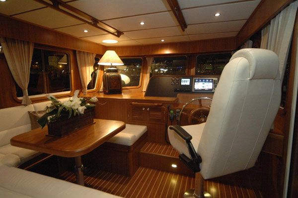 Manufacturer Provided Image: Adagio 51.5 Europa Helm