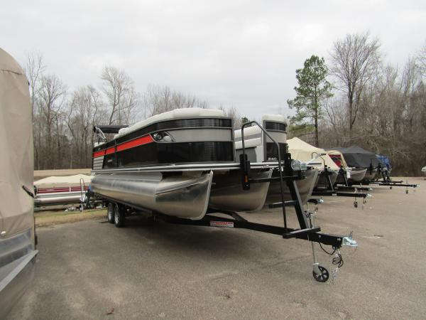 2019 Crest boat for sale, model of the boat is Crest III SLRC & Image # 2 of 13
