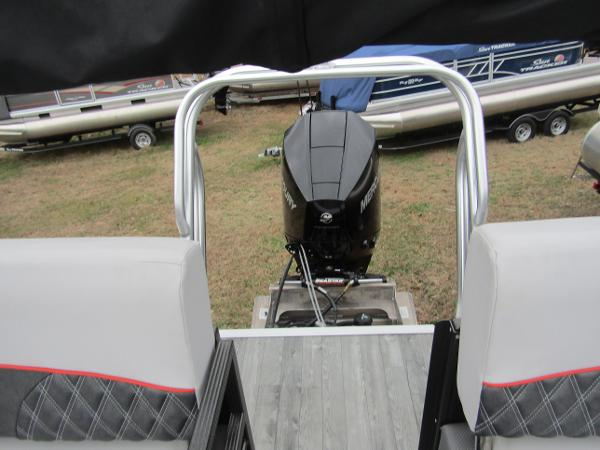 2019 Crest boat for sale, model of the boat is Crest III SLRC & Image # 3 of 13