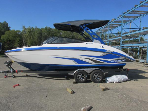 2020 Yamaha boat for sale, model of the boat is 242X & Image # 1 of 42