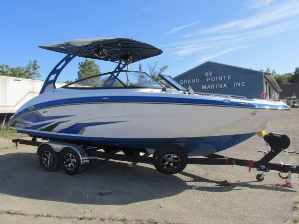 2020 Yamaha boat for sale, model of the boat is 242X & Image # 2 of 42