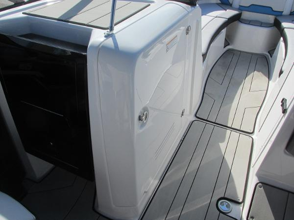2020 Yamaha boat for sale, model of the boat is 242X & Image # 14 of 42