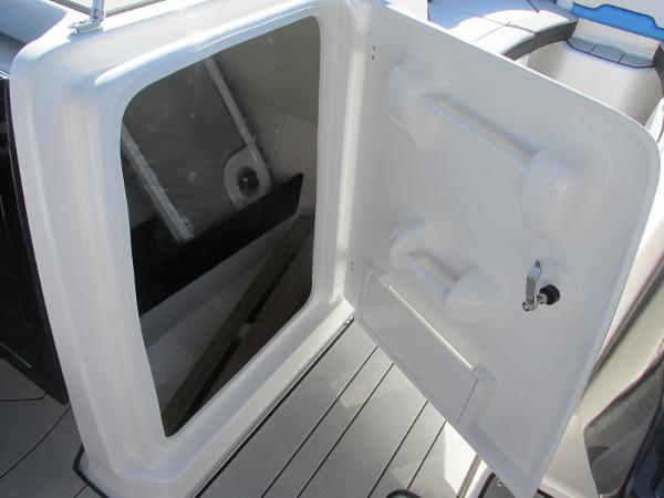 2020 Yamaha boat for sale, model of the boat is 242X & Image # 15 of 42