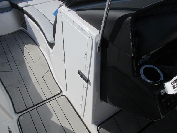 2020 Yamaha boat for sale, model of the boat is 242X & Image # 16 of 42