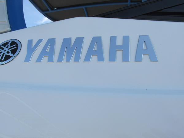 2020 Yamaha boat for sale, model of the boat is 242X & Image # 40 of 42