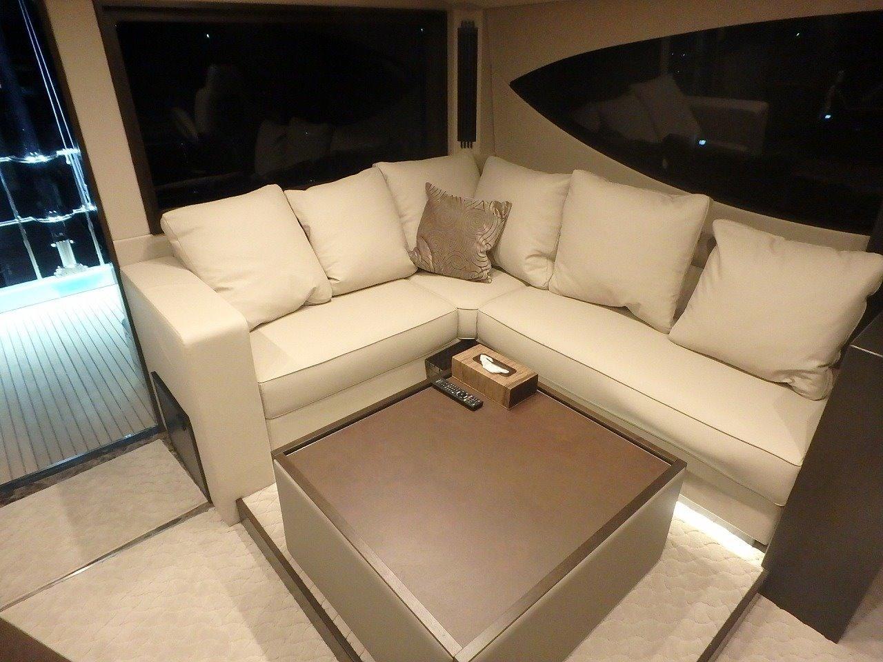 Wheelhouse/Sofa