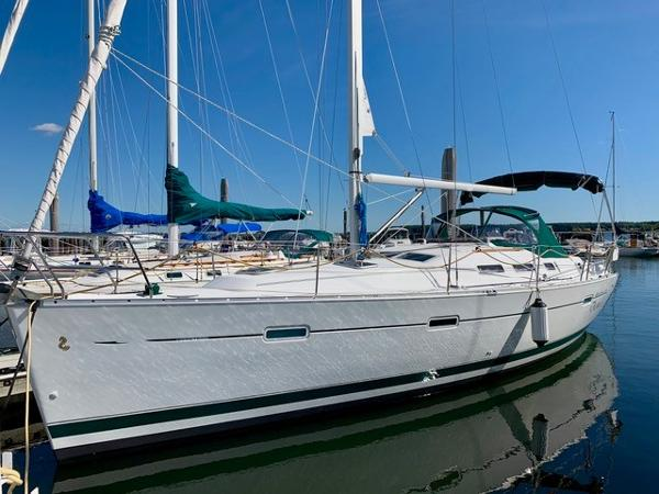 Beneteau 373