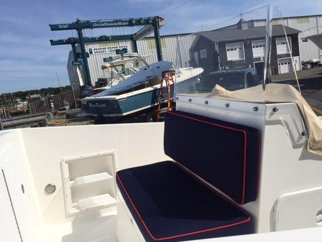 Medeiros Limestone 22 Center Console