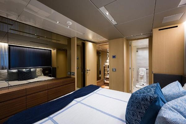 Fwd Port Guest Stateroom
