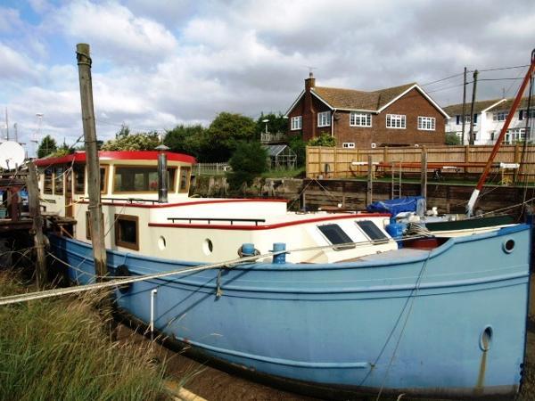Liveaboards Dutch Barge Luxe Motor Boat