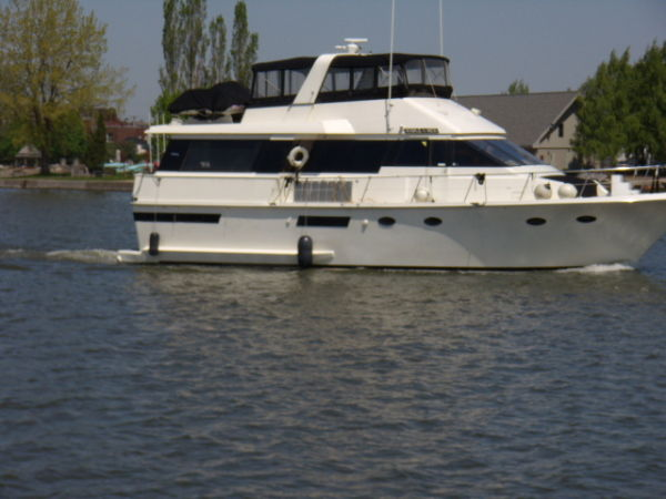 Viking Viking Wide Body Motor Yachts. Listing Number: M-3382513