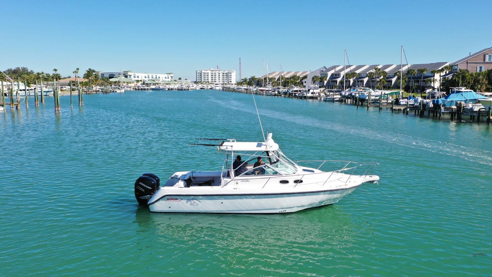 2002 Boston Whaler 295 Conquest - Profile