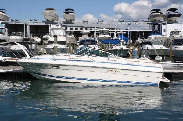 Sea Ray 270 Amberjack Motor Yachts. Listing Number: M-3282520
