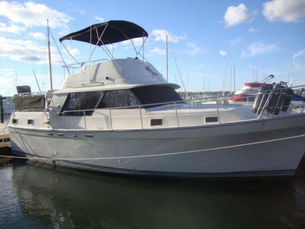 36' Mainship 36 Nantucket Double Cabin