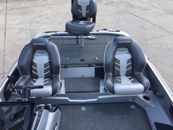2018 Nitro boat for sale, model of the boat is Z19 & Image # 10 of 10