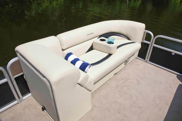 2014 Sweetwater Premium Edition 220 SL for sale (image 5 of 6)
