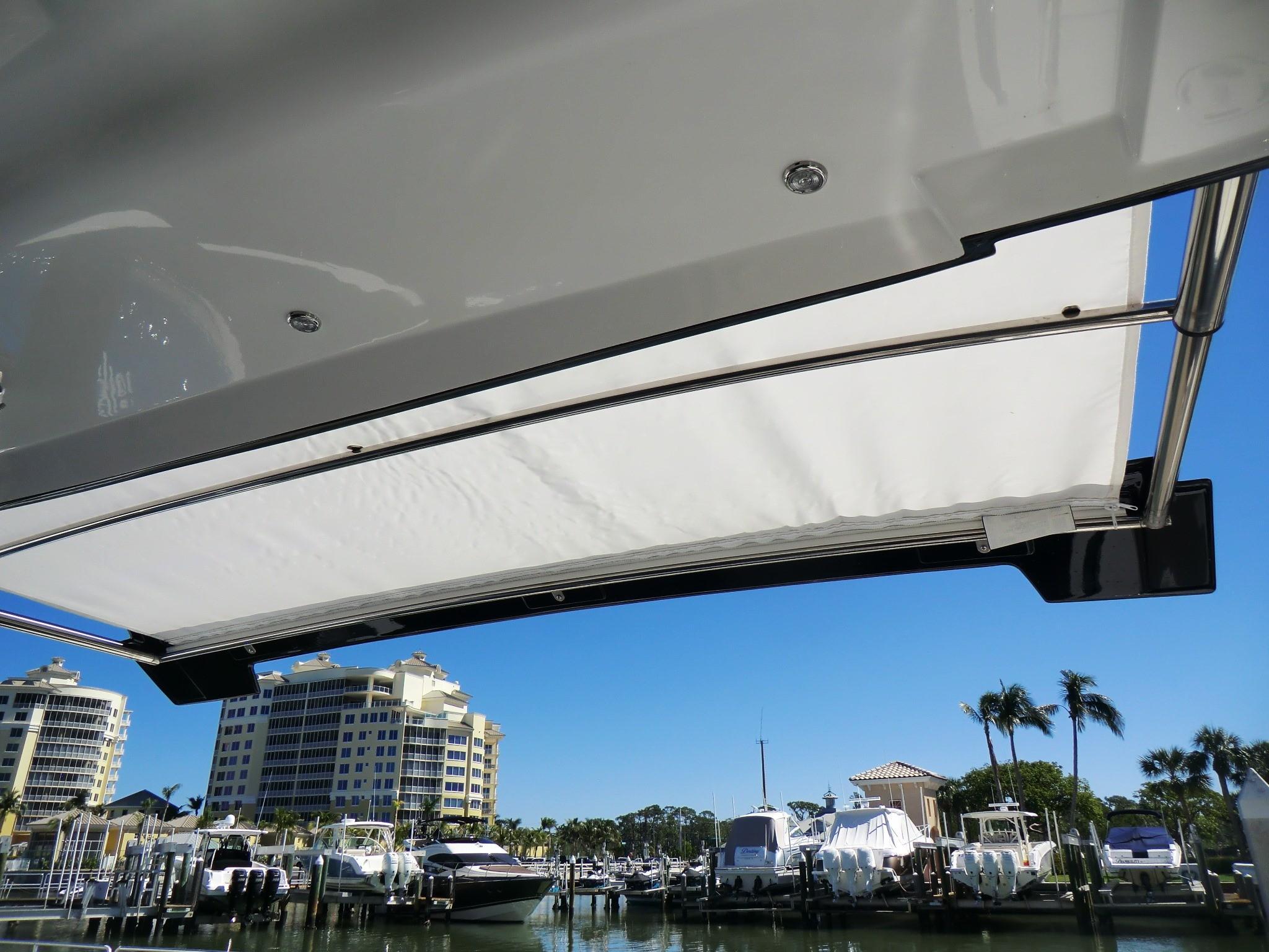 Cockpit Sun Shade