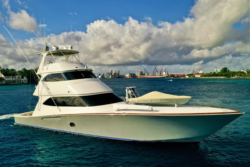 2010 Viking 76 Convertible - Profile
