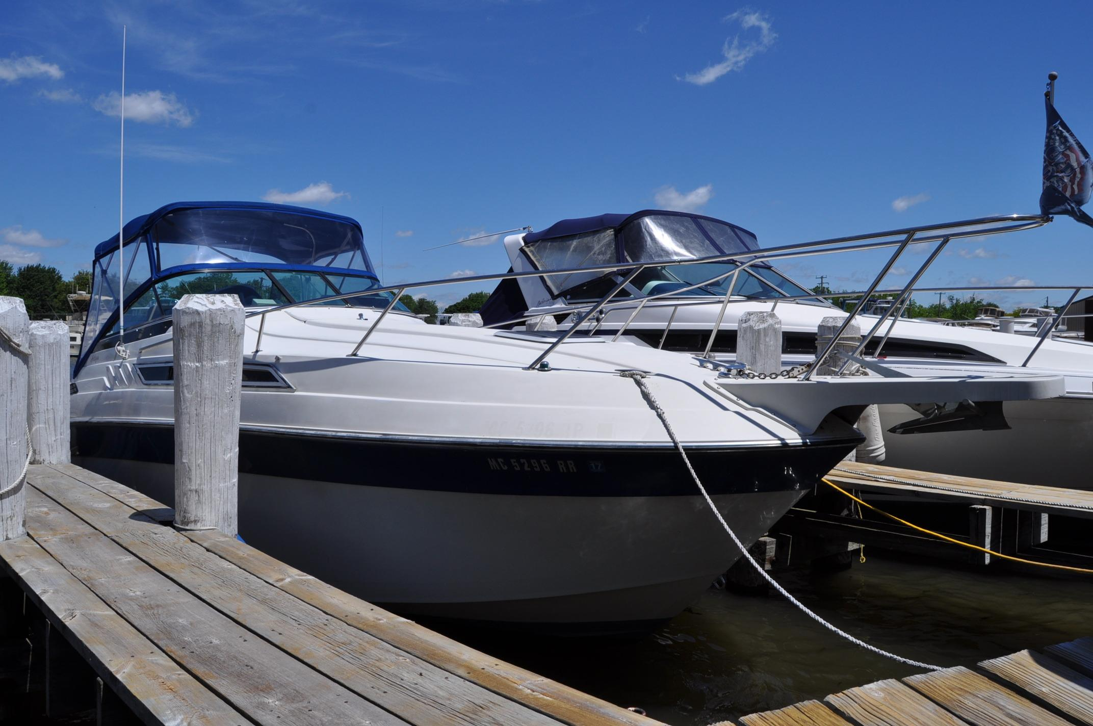 1988 Wellcraft 26 Antigua