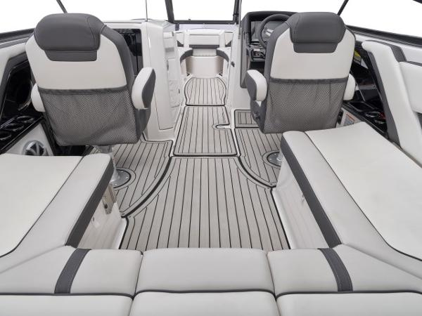 2020 Yamaha boat for sale, model of the boat is 242 SE & Image # 8 of 8