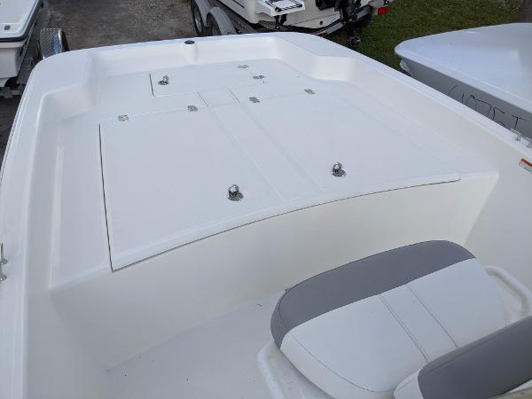2020 Mako boat for sale, model of the boat is 17 Pro Skiff & Image # 10 of 27