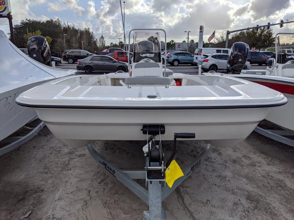 2020 Mako boat for sale, model of the boat is 17 Pro Skiff & Image # 2 of 27